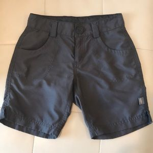 North face girls outdoor shorts size 7/8
